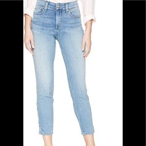 🌿NYDJ Light Wash Ankle Jeans 10